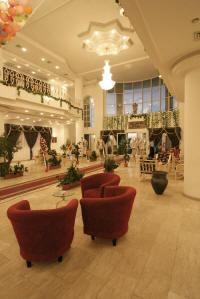 http://www.flotillacruiseline.com/GazaPics/Grand-Palace-Hotel-Gaza-1.jpg